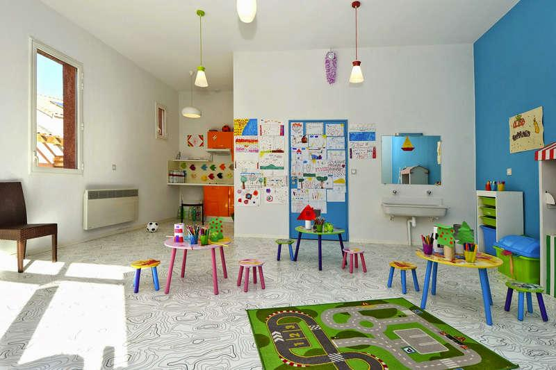 Free Kids Club in South of France, for familly holidays nearby the Mediterranean Sea